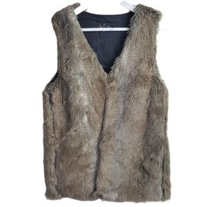 Talula faux fur vest jacket